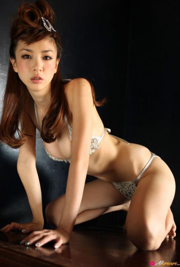 Aki Hoshino Silver Princess Images 285615