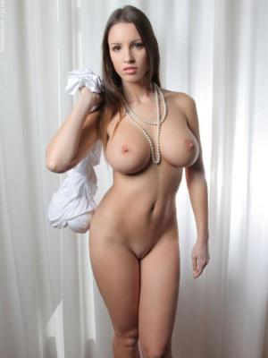 Luciana Luciana Exposes Her Marvelous Body