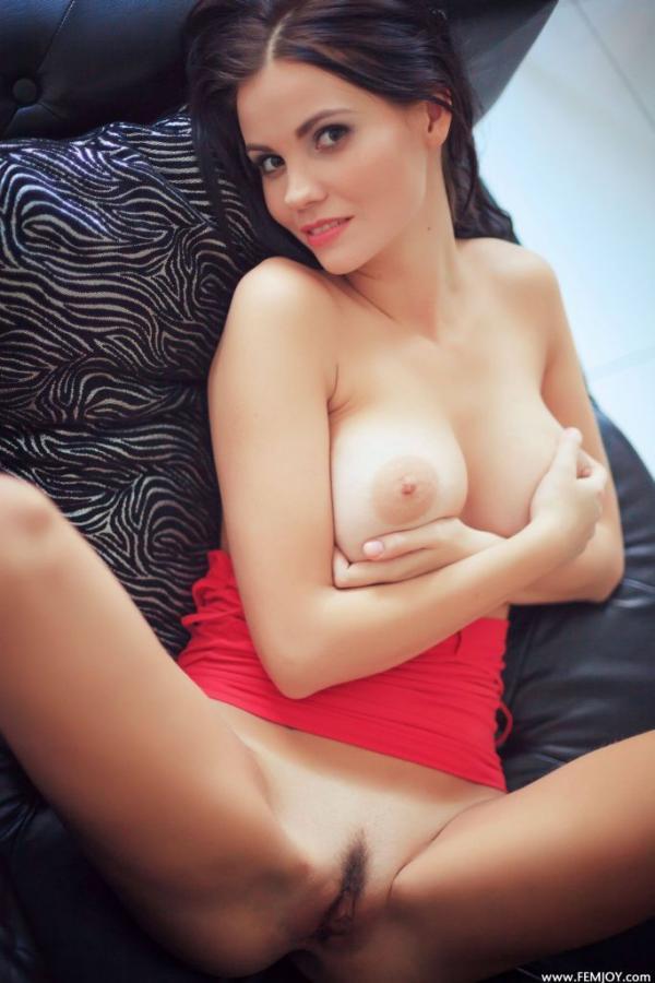 Jennifer M Jennifer Is Taking Off Her Red Skirt Images 173247