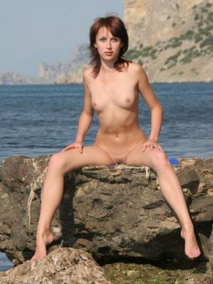 Erotic photo session with Masha S by the sea